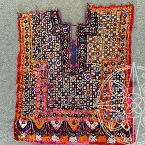 7. Textil vintage tribal India