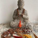 Japamala Nepalí café Buda para concretar sueños, concentración y sabiduría
